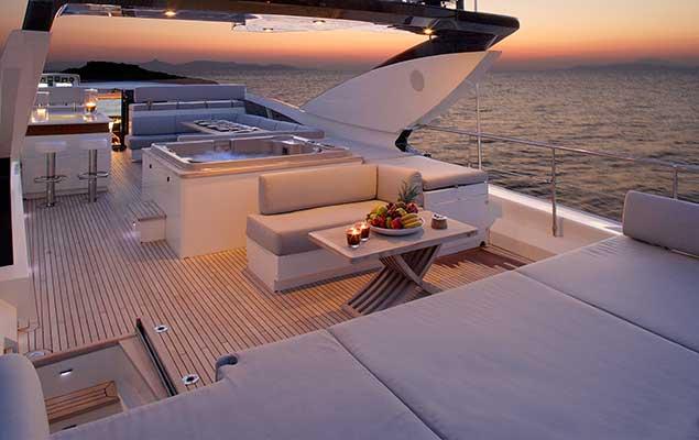 motor-yachts-dragon-10s