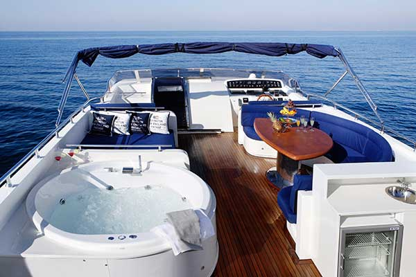motor-yachts-dream_b-02s