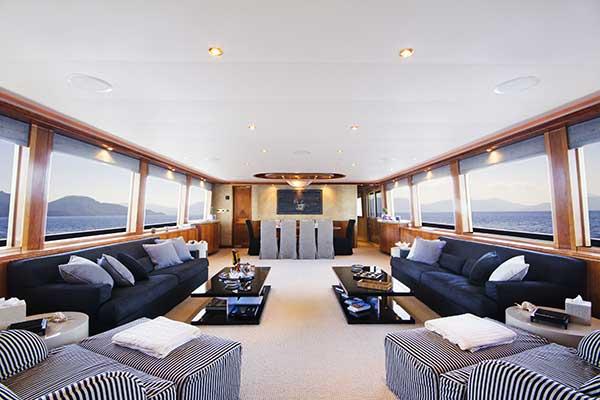 motor-yachts-EndlessSummer-01s