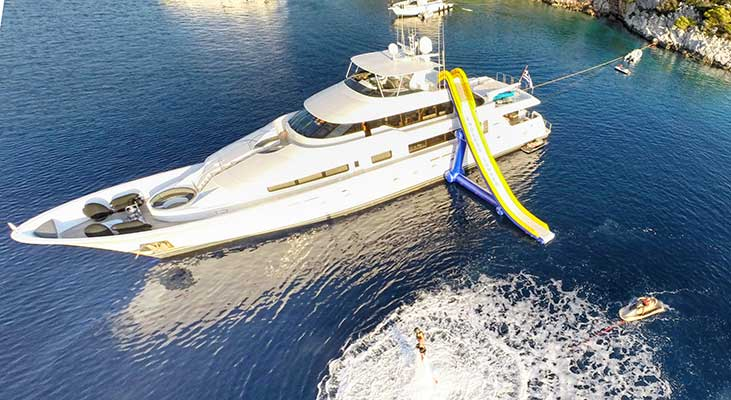 motor-yachts-EndlessSummer-10s