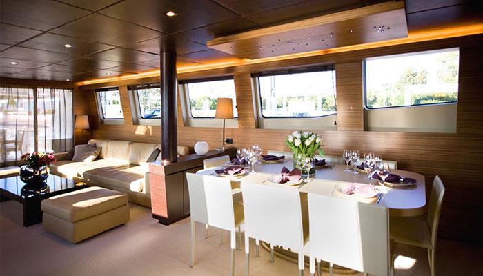motor-yachts-gioe-10s