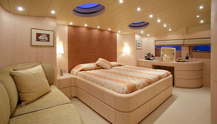 motor-yachts-glaros-15s