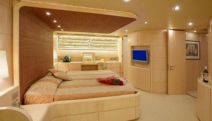 motor-yachts-glaros-17s