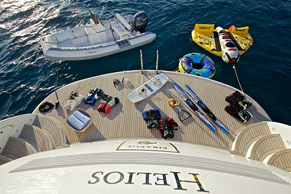 motor-yachts-helios-07s