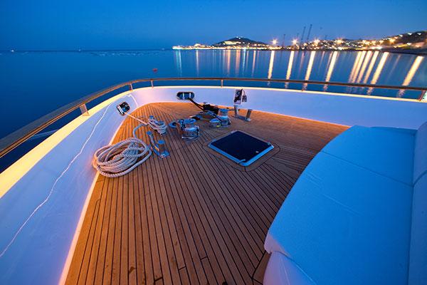 motor-yachts-kambos_blue-06s