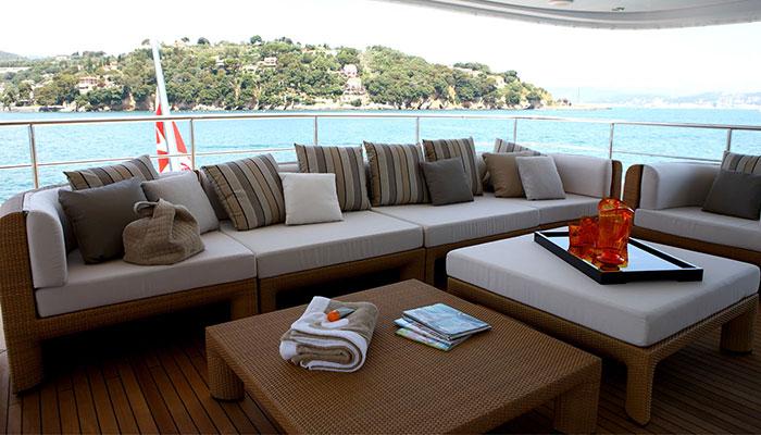 motor-yachts-zaliv-5s