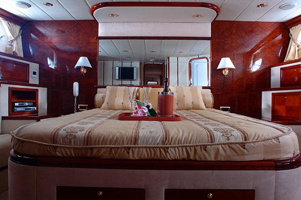 motor-yachts-nittav-10s