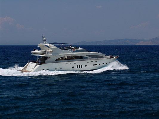 motor-yachts-nittav-1s