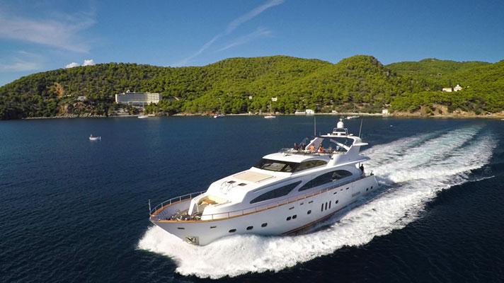 motor-yachts-nittav-2s