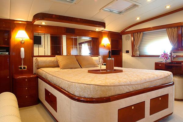 motor-yachts-nittav-9s