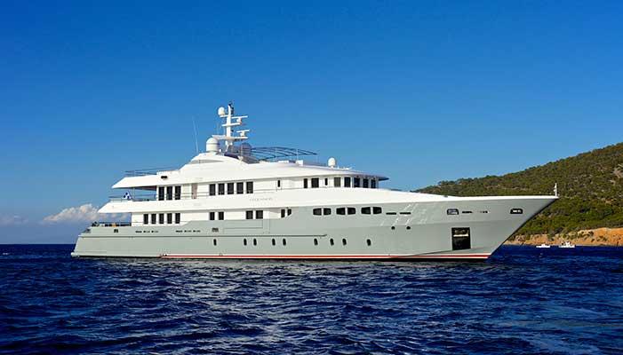 motor-yachts-oceanos-1s