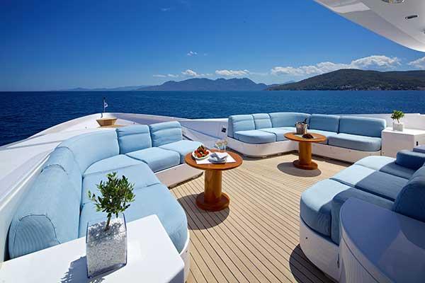 motor-yachts-oceanos-21s