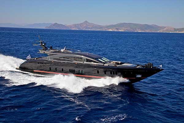 motor-yachts-opati-1s