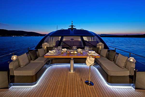 motor-yachts-opati-4s