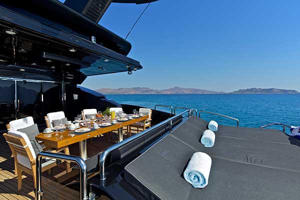 motor-yachts-opati-6s