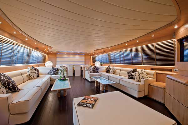 motor-yachts-parisA-03s