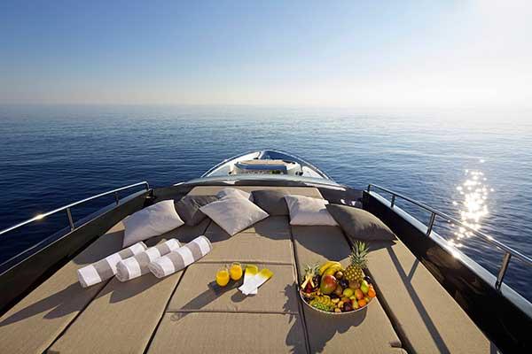 motor-yachts-solaris-07s
