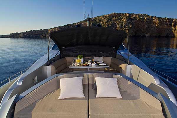 motor-yachts-solaris-08s