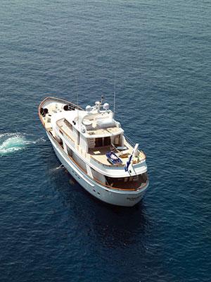 motor-yachts-suncoco-02s