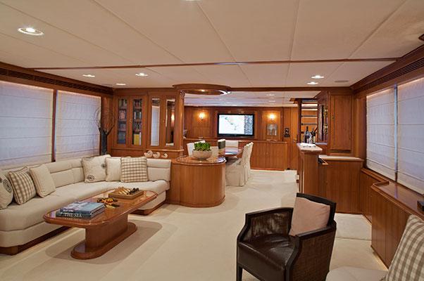 motor-yachts-suncoco-10s