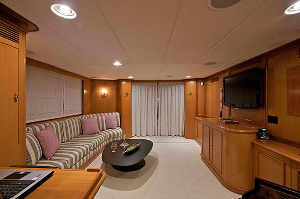 motor-yachts-suncoco-16s