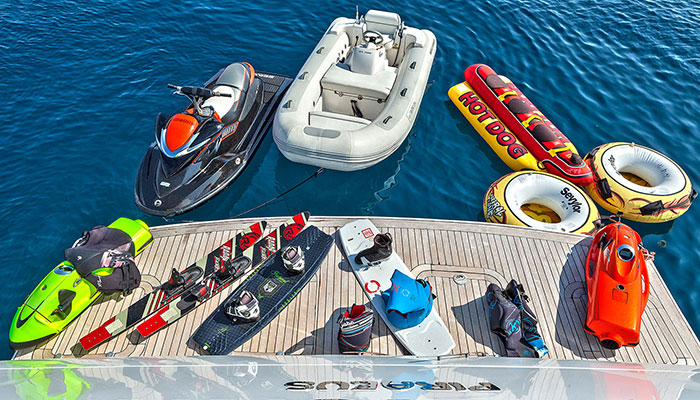 motor-yachts-tropicana-17s